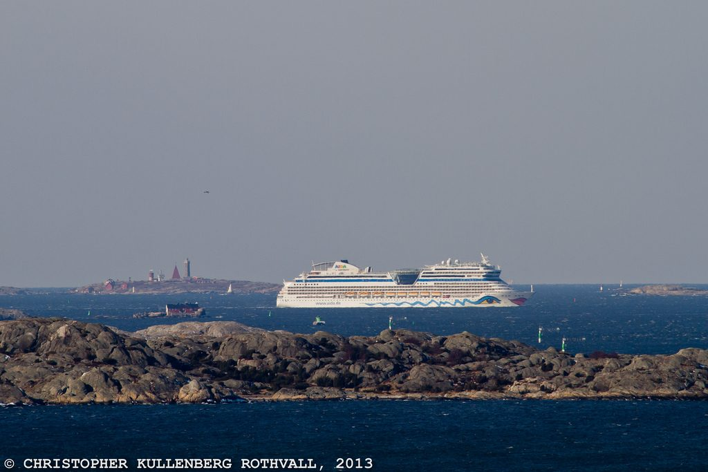 Aida Cruises AIDA STELLA på ingång till Göteborg.